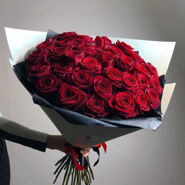 Премиум букет из 51 красной розы - фото 1