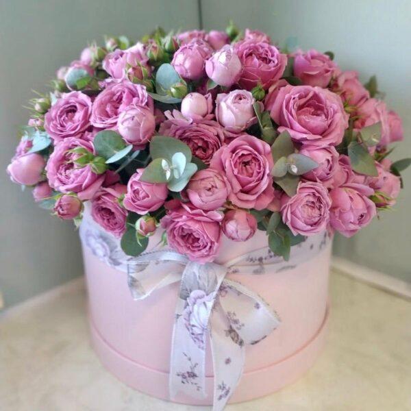 Букет пионовидных роз в шляпной коробке - фото 3
