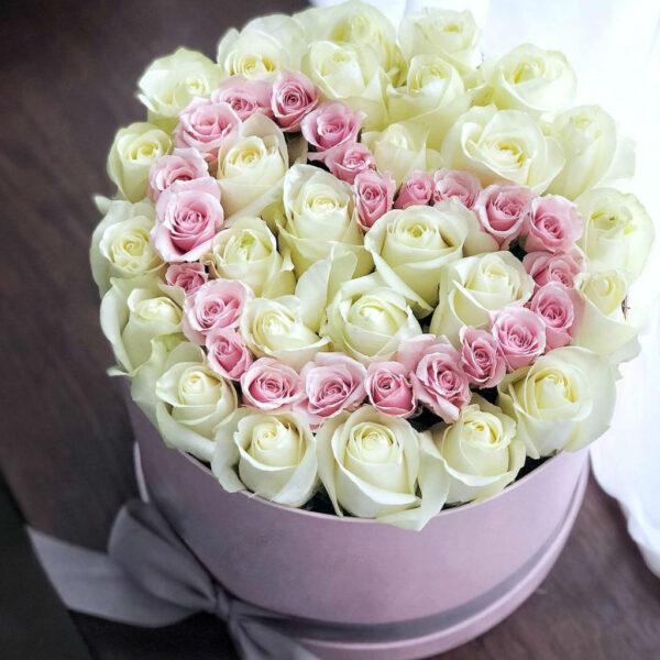 """Букет роз в коробке """"Гарда"""" - фото 1"""