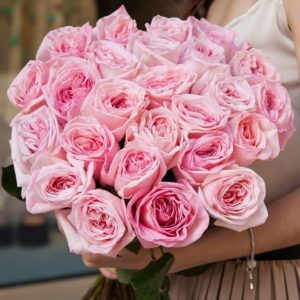 Пионовидные розы с фруктовым ароматом - фото 1