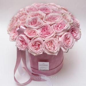 """Букет пионовидных роз с фруктовым ароматом в коробке """"Бархат"""" - фото 1"""