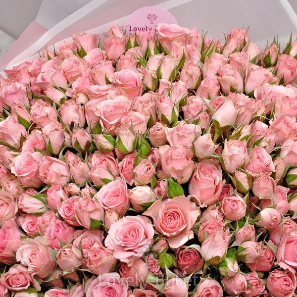 Букет из 101 кустовой нежной розы - фото 2
