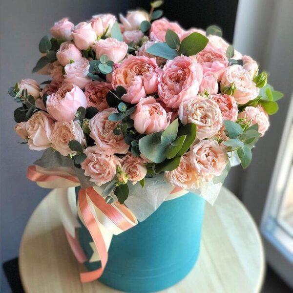 """Букет кустовой пионовидной розы """"Juliet"""" в нежном исполнении - фото 1"""