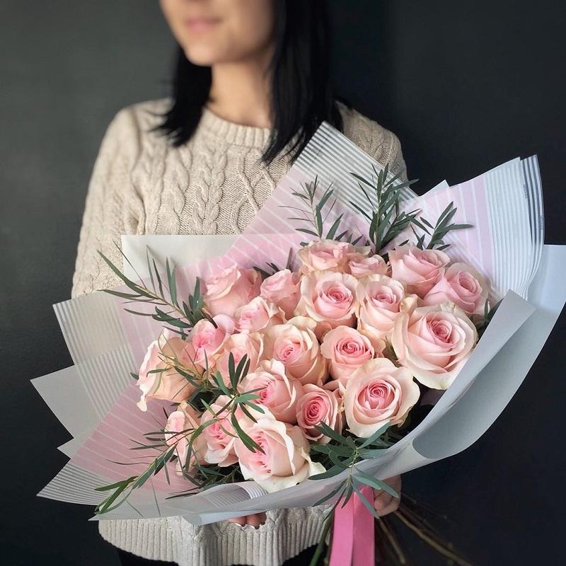 Букет Голландская роза и итальянский эвкалипт, изображение 1