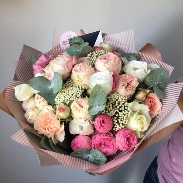 Авторский букет с пионовидными розами Wicked parK - фото 1