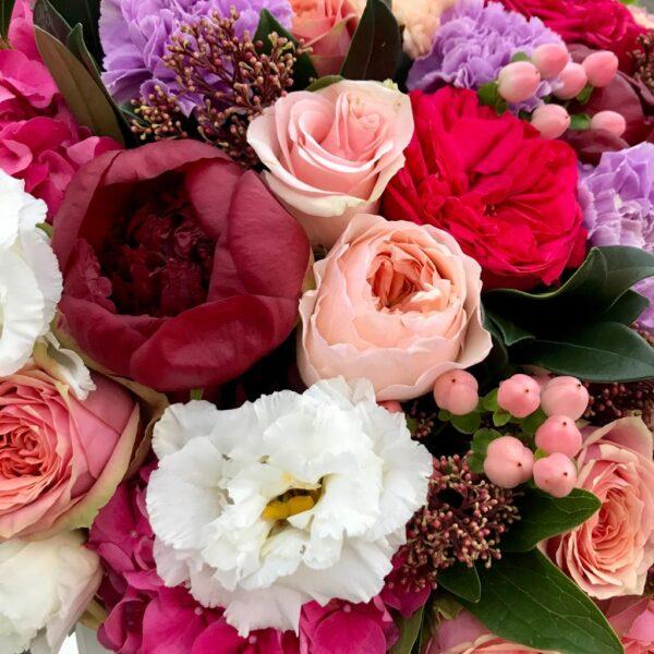 Авторская корзина с пионовидными розами - фото 3