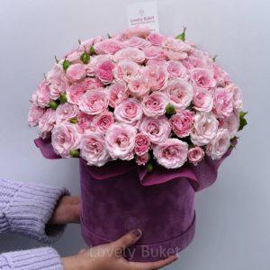 """Кустовой букет роз в коробке """"Розовый сад"""" - фото 1"""