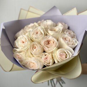 Букет ароматных пионовидных роз - фото 1