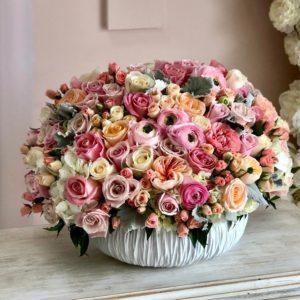 Авторский букет премиум цветов - фото 1