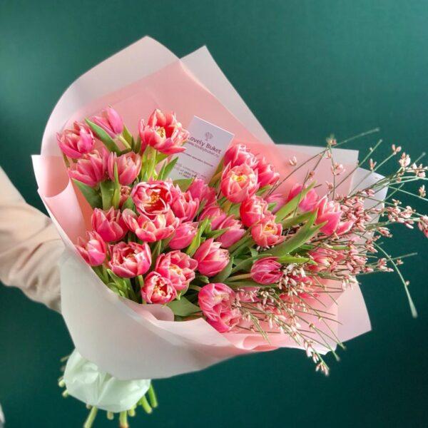 """Букет тюльпанов сорта """"Margarit"""" и ароматная гениста - фото 2"""